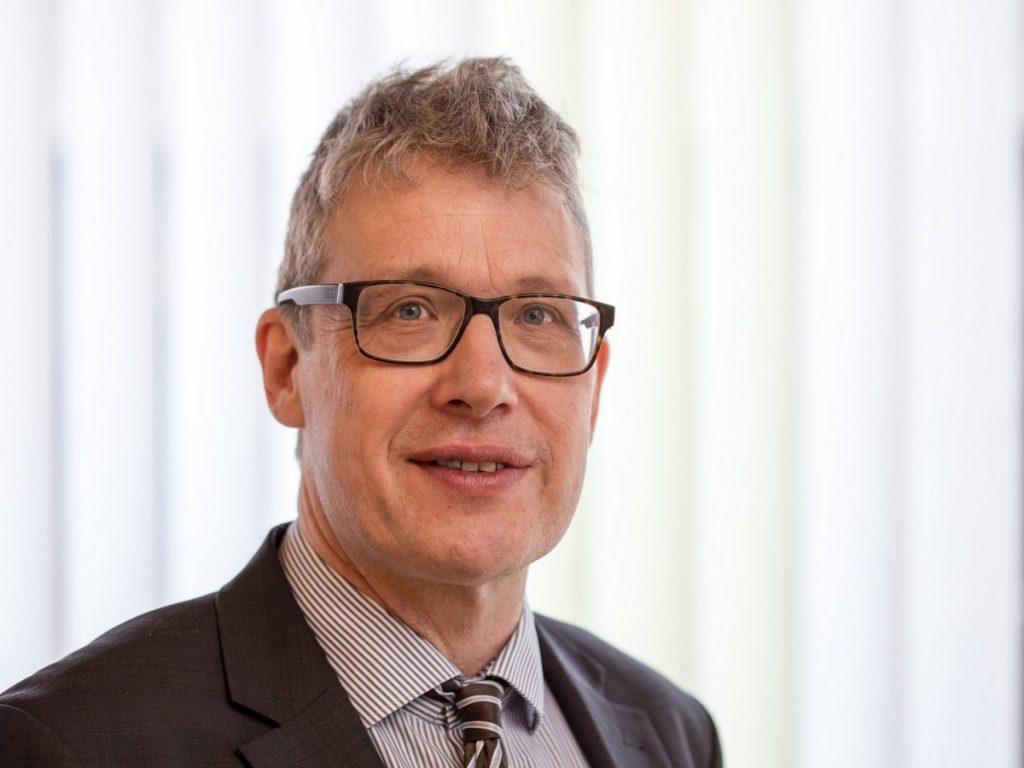 Dr. Uwe Gerrens